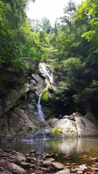 Waterfall_Nevelle